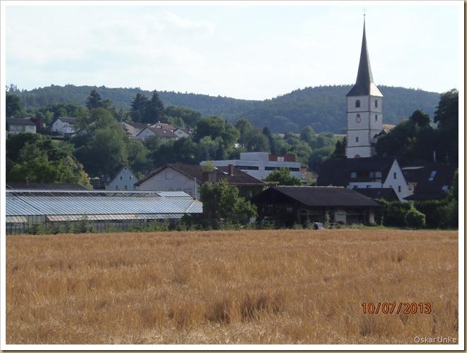 Blick auf Obrigheimer Kirche