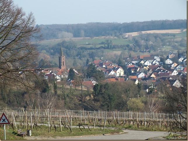 Blick auf Kirche von Obergrombach