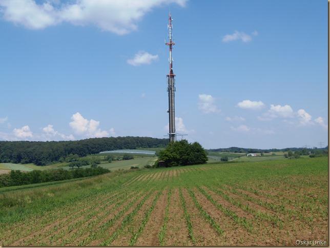 Sendeturm zwischen Jöhlingen und Wössingen
