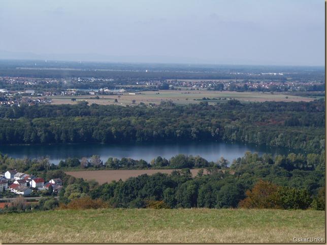 Blick vom Michalesberg hinunter in die Rheinebene