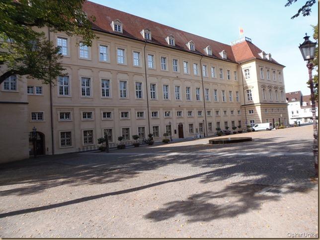 Seitenblick auf Karlsburg