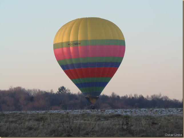 Ballonfahrer geht runter