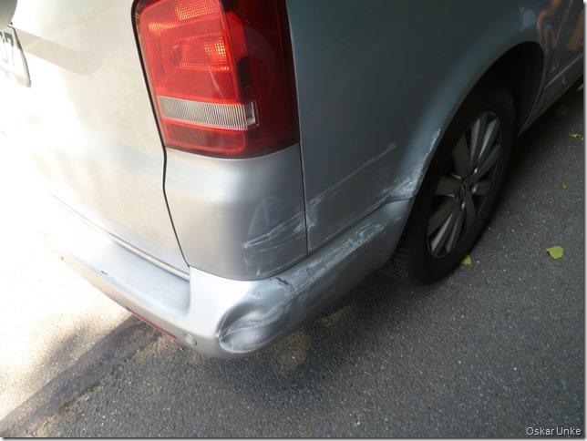 Schaden am VW Bus