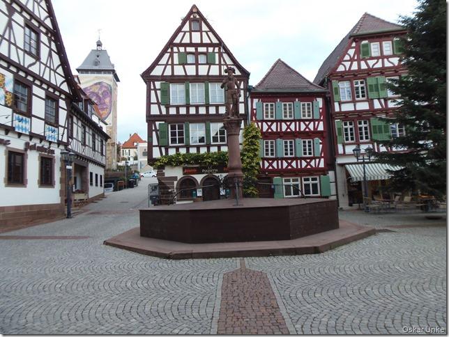 Bretten Marktplatz Brunnen