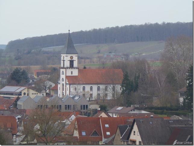Blick auf Wössinger ev. Kirche