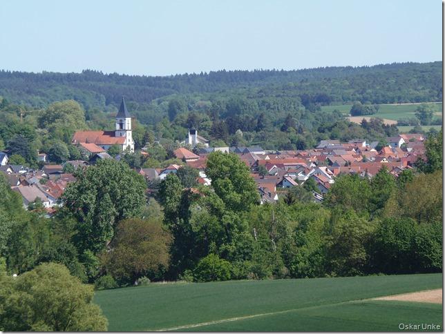 Blick auf Wössingen mit ev. Kirche